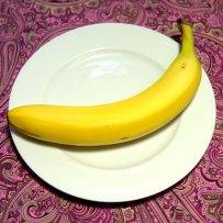 105 calories in 1 banana 422 MG Potasium